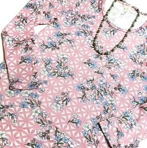 Blue Flowers on Pink Long Sleeve (Lularoe Lynnae)